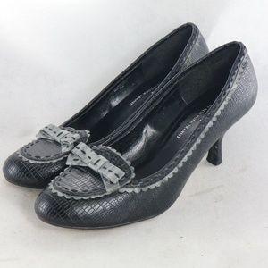 NEW YORK TRANSIT Bow Front Vegan Loafer Heels